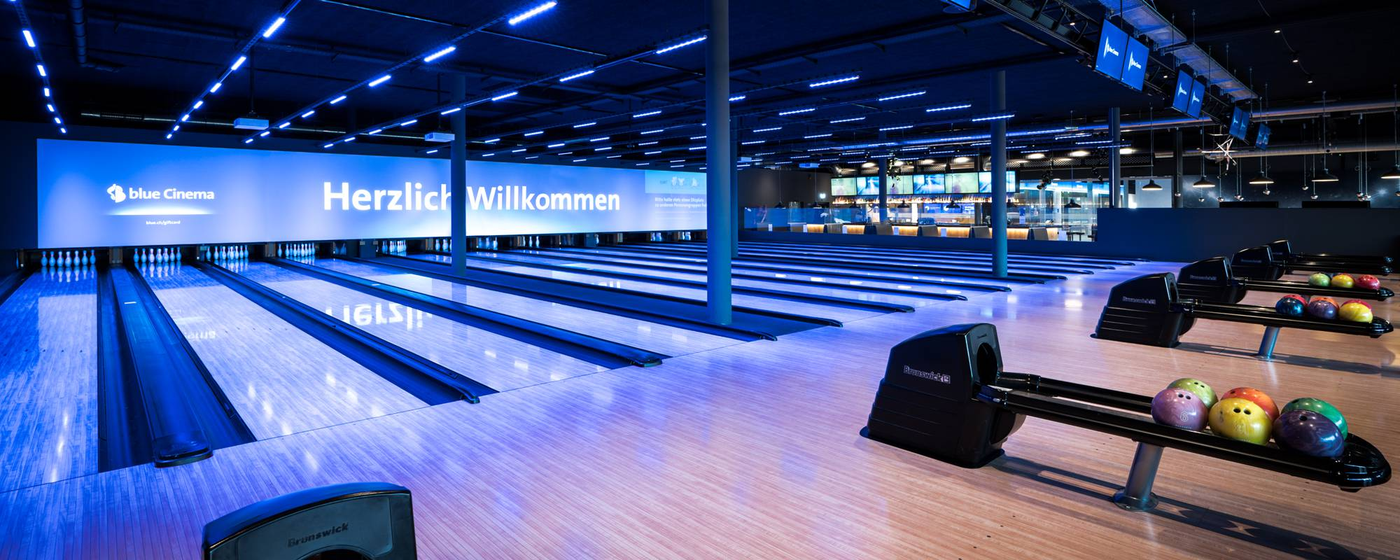 blue_Cinema_Cinedome_Bowling-Banner_2000x800px.png